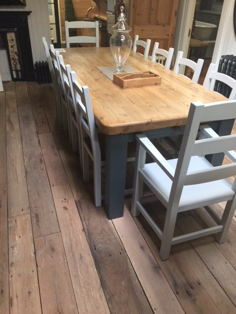 Kitchen Table 10 seater