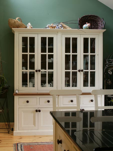 Bespoke Kitchen Dresser