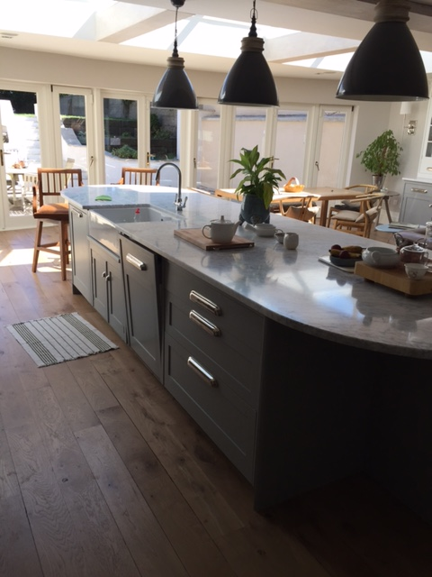 Kitchens handmade by the victorian kitchen company for Kitchen ideas dublin