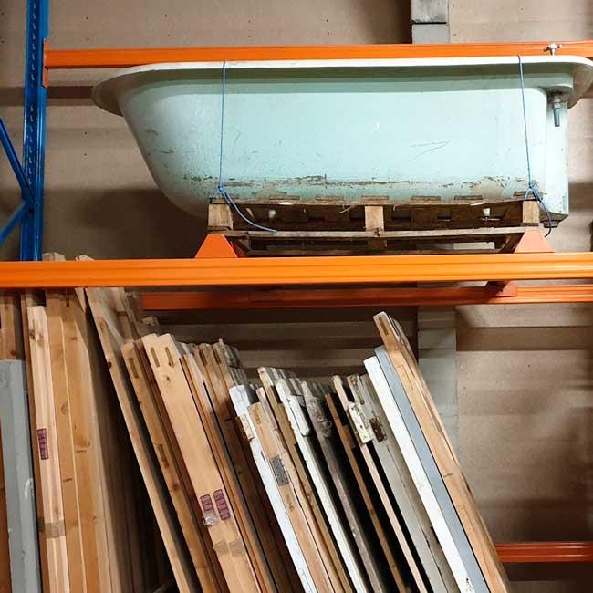 Kitchens, Bespoke Kitchens, Solid Wood Kitchens. New England Style kitchens, Shaker Style Kitchens. Freestanding Kitchens, Han, The Victorian Kitchen Company Sale