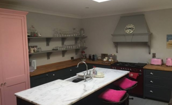 Castle Kitchen Bray